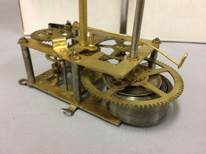 Clockwork without percussion five pieces - Brass - New timepieces