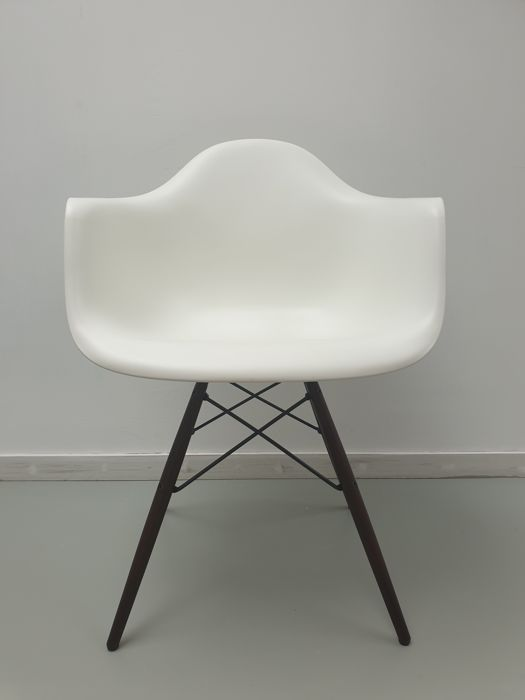 Cool Charles Eames Ray Eames Vitra Armchair Chair 1 Daw Catawiki Ocoug Best Dining Table And Chair Ideas Images Ocougorg