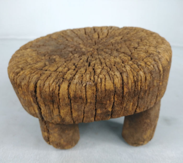 Stool (1) - Wood - Côte d'Ivoire