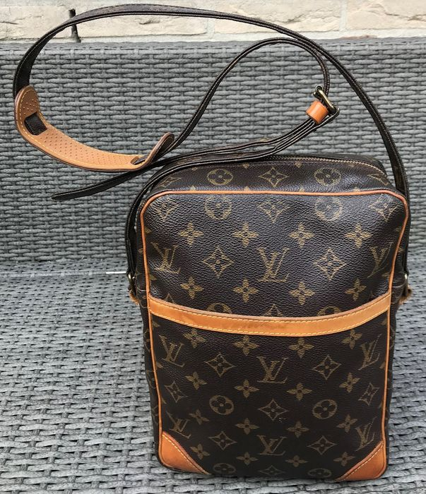 Louis Vuitton - Danube MM  Shoulder bag