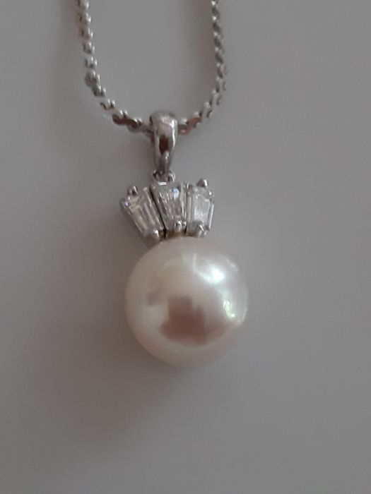 18 kt. White gold - Necklace with pendant - 0.30 ct Diamond - Pearl