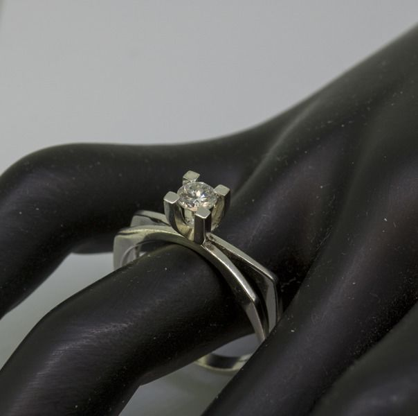 18 kt. White gold - Ring - 0.25 ct Diamond