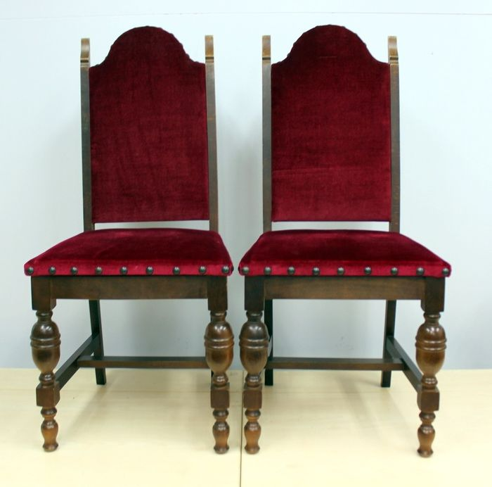Magnificent Pair Of Dining Room Chairs With Red Velvet Oak And Velvet Uwap Interior Chair Design Uwaporg