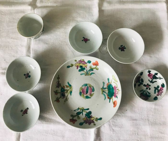 Set of Chinese antique porcelain bowls and plate - Antique porcelain - China - 19th century