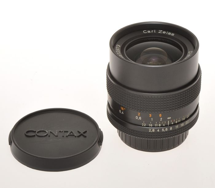 Carl Zeiss , wide angle lens 25mm F:2 8 Distagon T* Made in Germany with  Contax/Yashica mount, exc+++ - Catawiki