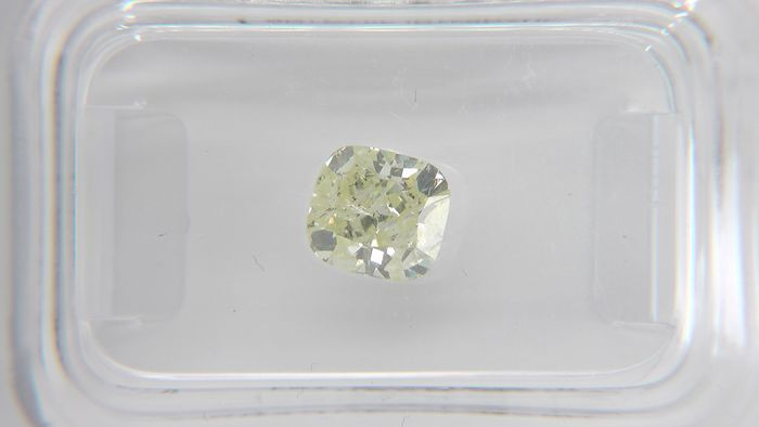 Diamond - 1.03 ct - Cushion - fancy intens yellow - SI2