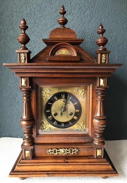 Table clock - Bronze, Glass, Wood - 19th century