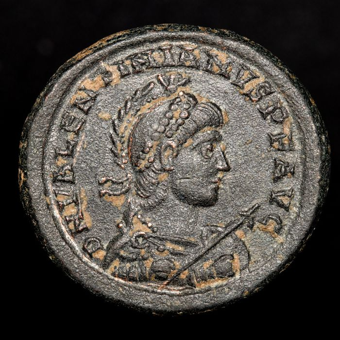 Roman Empire - maiorina - Valentinianus II (375-392 A.D) - Nicomedia mint •SMNB - GLORIA ROMANORVM - Ω, emperor in galley - Bronze