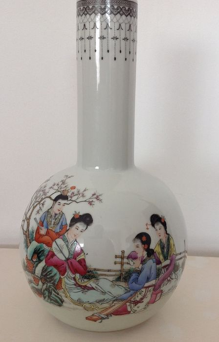 jar (1) - Porcelain - women in the garden - China - Republic period (1912-1949) Asian, used for sale