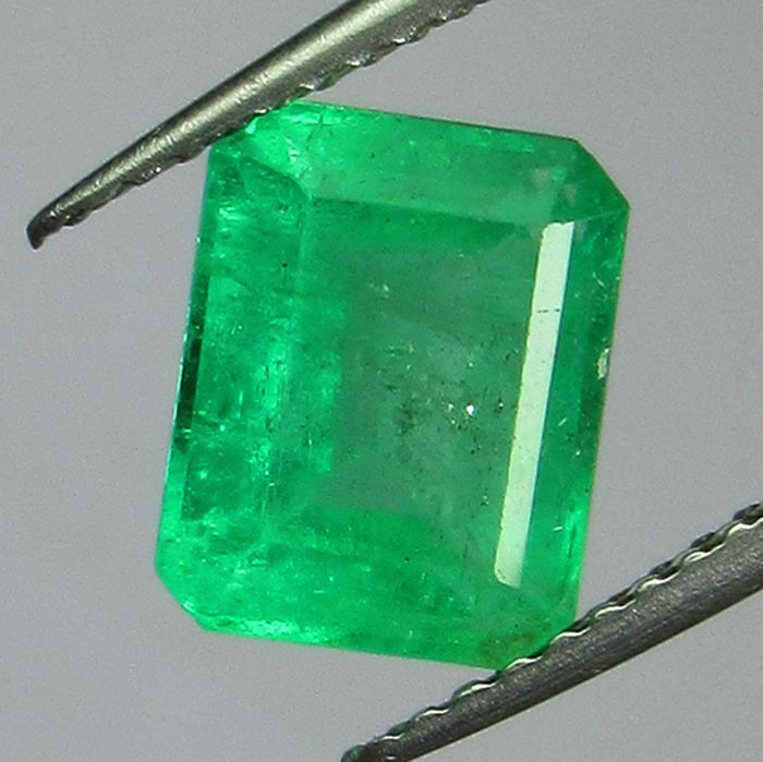 Pastel Green Emerald - 2.48 ct
