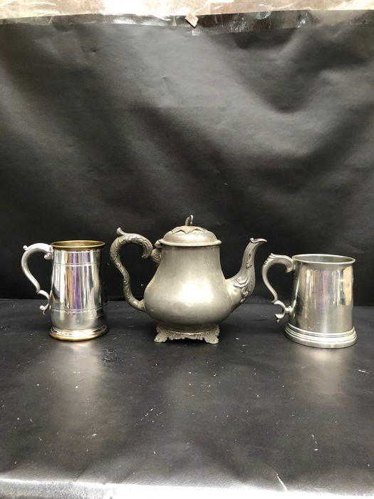 Cup, Teapot (3) - Pewter - Vintage  - England - Early 20th century