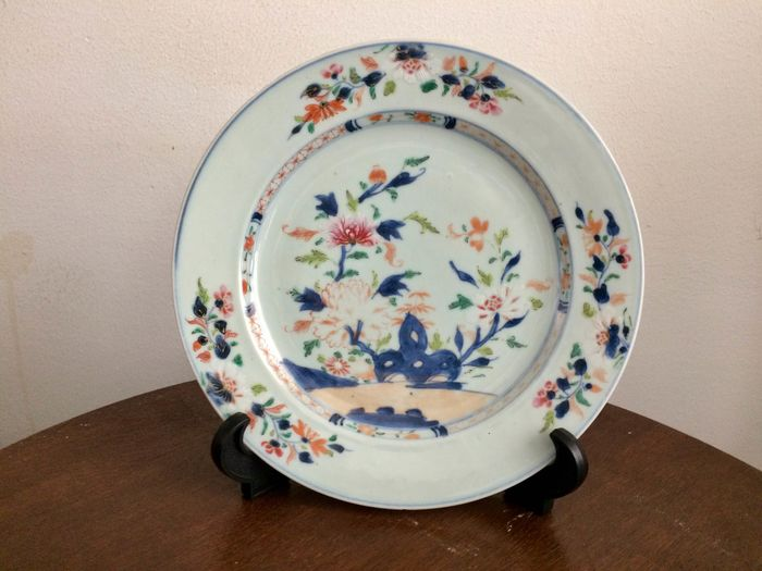 Plate (1) - Porcelain - Flowers - China - 18th century