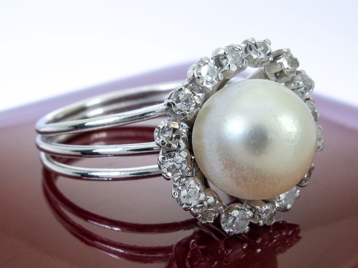 900 Platina - 0.49 Carat - diamond & pearl ring.