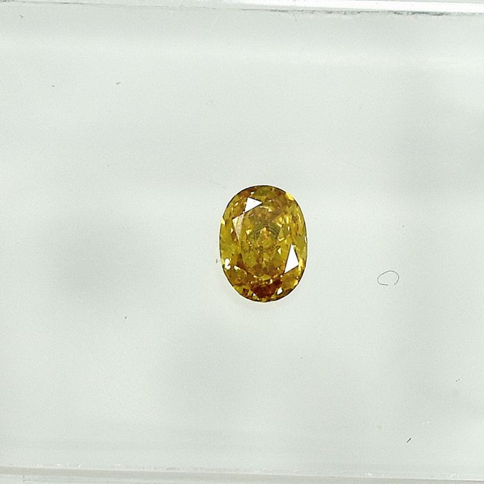 Diamond - 0.18 ct - Oval - Natural Fancy Vivid Yellow - VS2