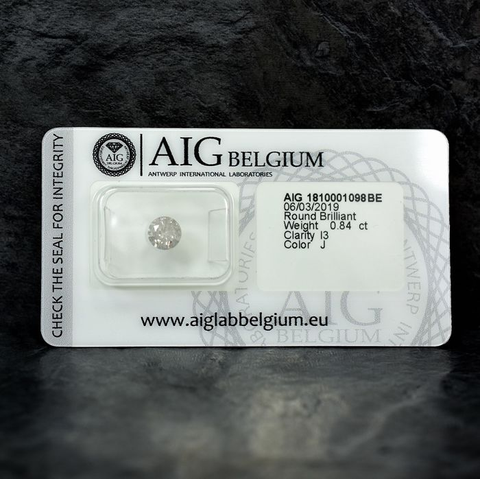 Diamant - 0.84 ct - Brillant - J - I3 - NO RESERVE PRICE