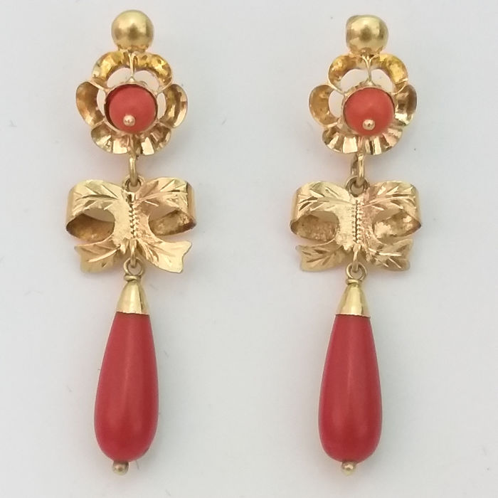 18K Gold and Authentic Corals from the Mediterranean - Earrings, long