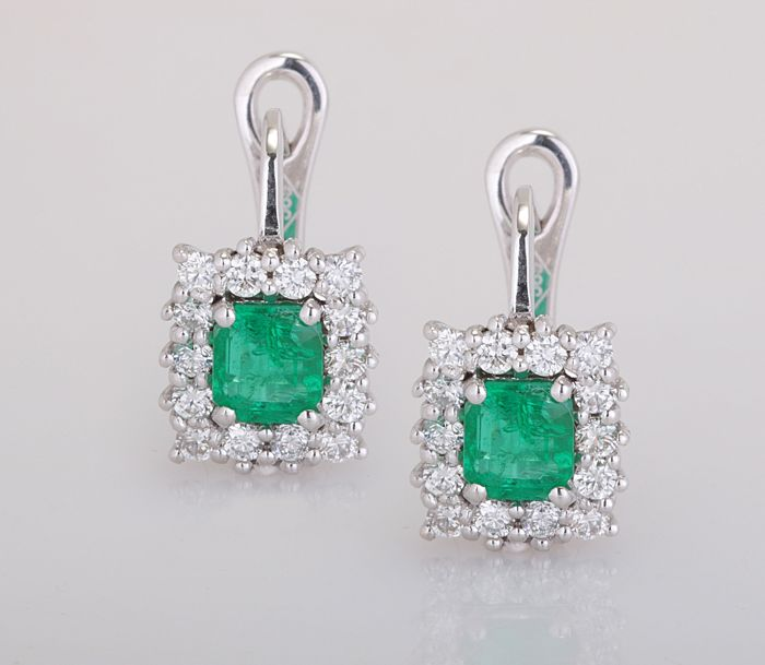 14 quilates Oro blanco - Pendientes - 0.90 ct Esmeralda - Diamante