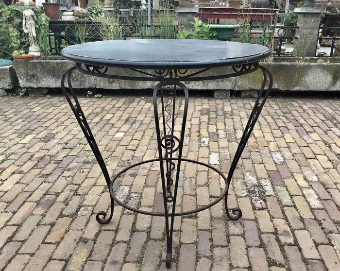 French garden table with ornamental ironwork - mid 20th century