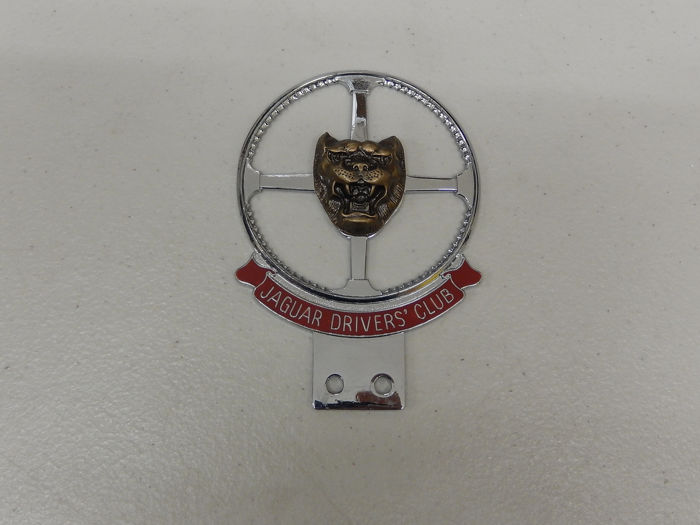 Badge - Vintage Original Jaguar Drivers' Club Car Badge Auto Emblem - 1990