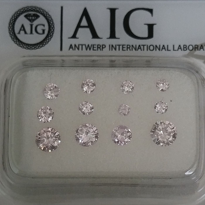 12 pcs Diamonds - 0.81 ct - Round - Fancy Light Pink / Fancy Pink - SI1, SI2, VS1, VS2, VVS1, VVS2
