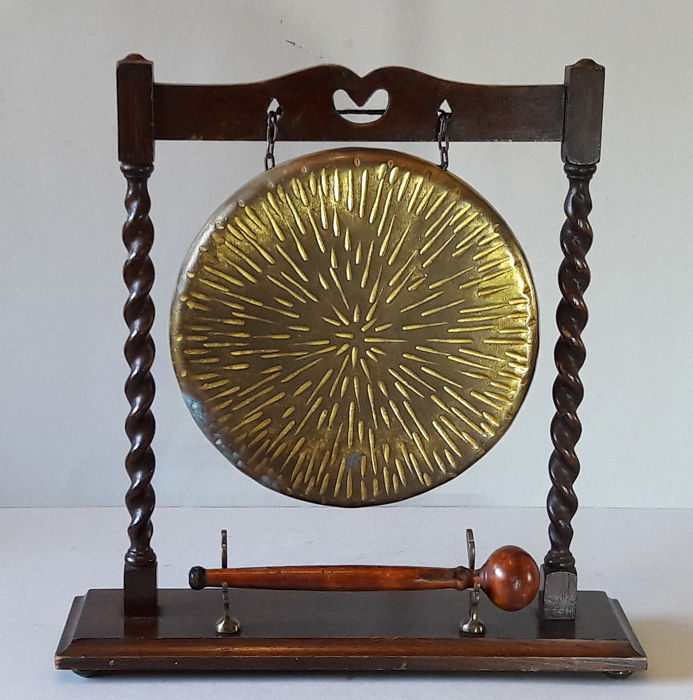 Table gong - wood, brass