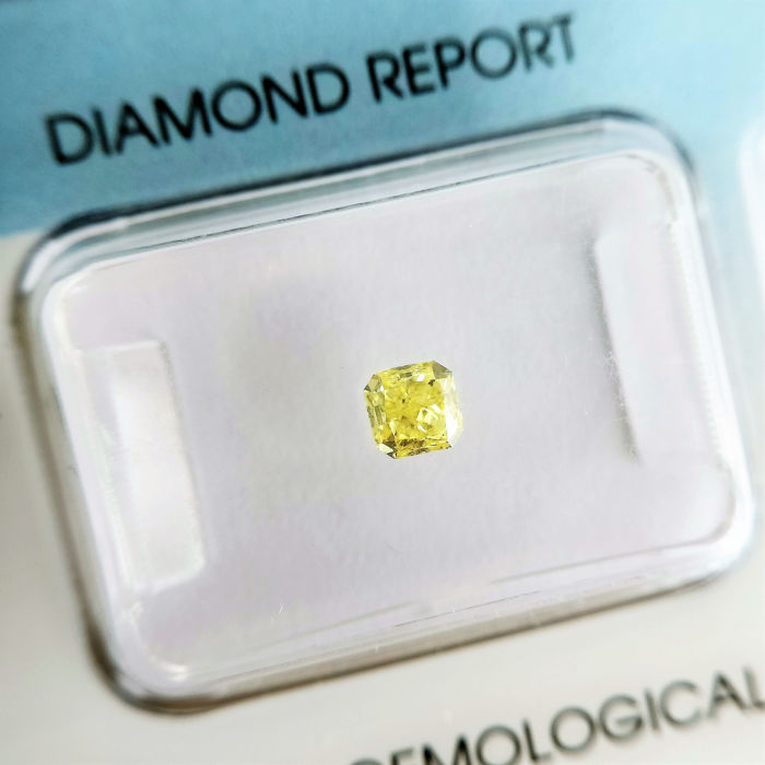 1 pcs Diamante - 0.35 ct - Radiante - fancy yellow - VVS2