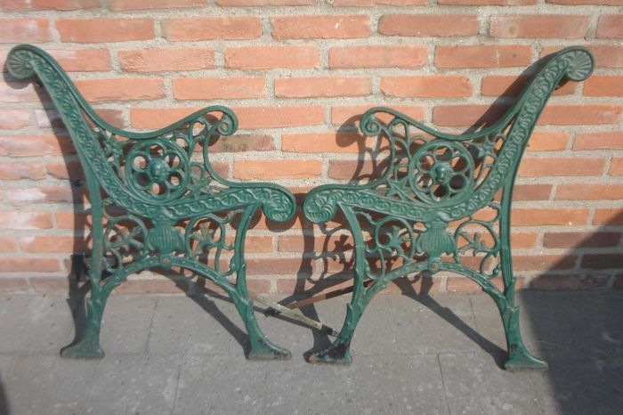 Garden bench Supports - Iron (cast) - Second half 20th century