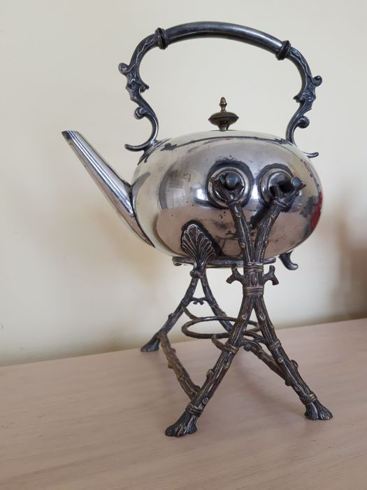 Nice teapot on holder - Alloy, Brass, Steel