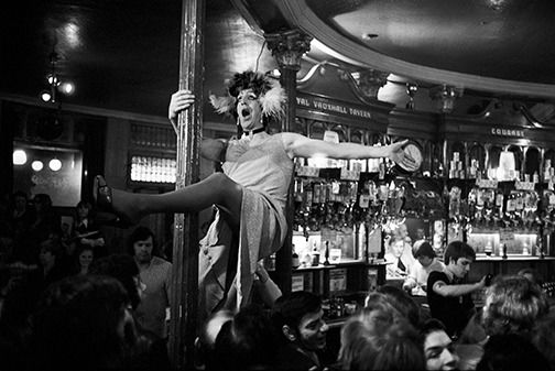 Patrick Ward, 1937 - Another England, 'Drag artist at the Vauxhall Tavern', London, 1977