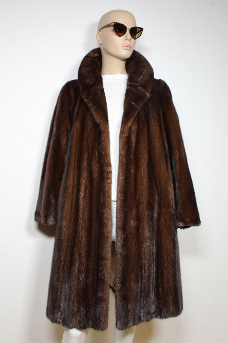 HANDMADE  - Fur coat - Size: EU 42 (IT 46 - ES/FR 42 - DE/NL 40)