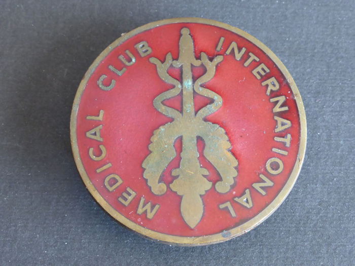Badge - Vintage Badge Emaillé International Médical Club - Diamètre 6,00 cm - 1970
