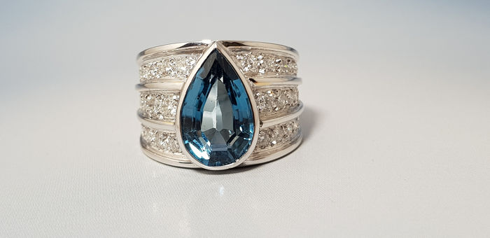 18 kt. White gold - Ring - 4.00 ct London blue topaz - Diamonds