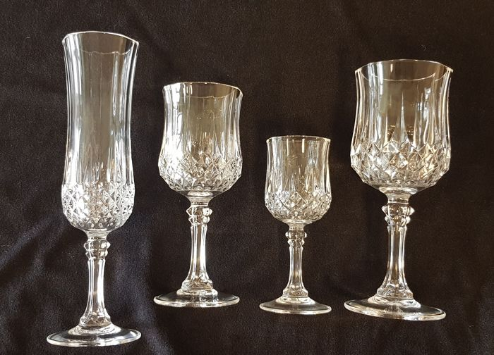 Cristal d'arques - Set of 4x4 Longchamp crystal glasses (16) - Crystal