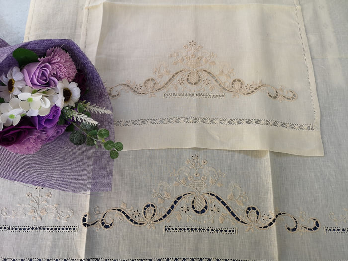 1 + 1 Pure linen towels with carving embroidery and full stitch by hand - Linen - After 2000