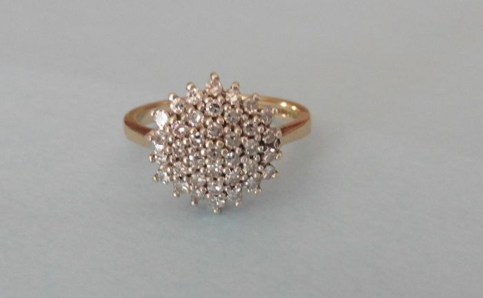 9 ct. / 375 Gold Yellow gold - Ring Diamond