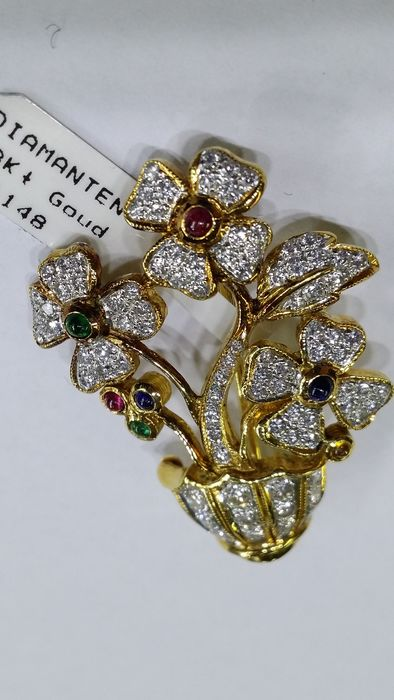 Brooch 18 kt yellow gold and diamonds