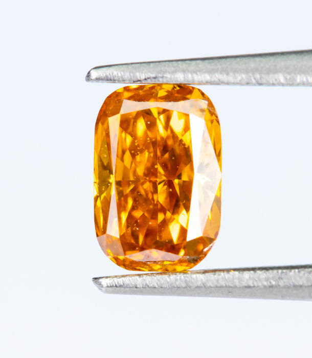 Diamante - 0.22 ct - Fantasía natural VIVID naranja-amarillo - VS1  *NO RESERVE*