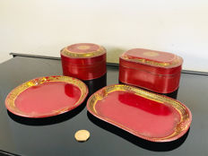 "Rare set ""ox blood red"" antique cans with original coasters - Look"