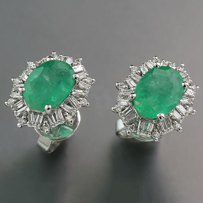 2dbce2121fef4 18 kt. White gold - Earrings - 1.50 ct Emerald Studs total 1.80 ct No  reserve price - Diamonds - Catawiki