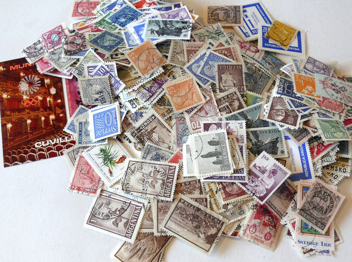 World - 2 kg of postage stamps - without paper