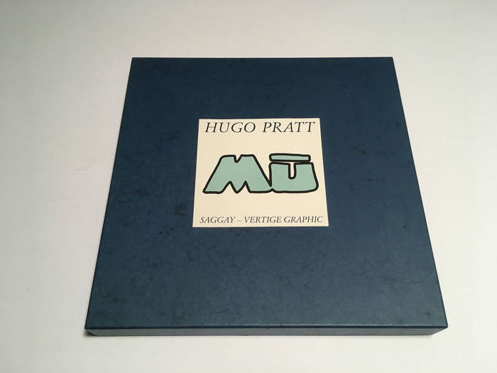 "Hugo Pratt VIII/70 - portfolio ""MŪ"" con 9 pins - First edition - (1993)"