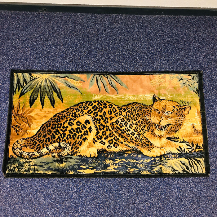 Rare antique French wall hanging with wild Leopard - fine embroidery - Gobelin - ca. 1930 - Wool