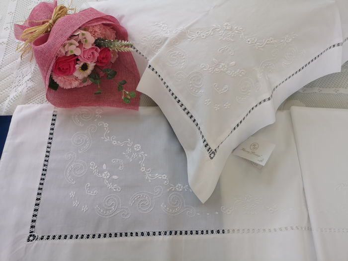 Elegant percale cotton sheet embroidery machine stitch and gigliuccio by hand - Cotton - After 2000