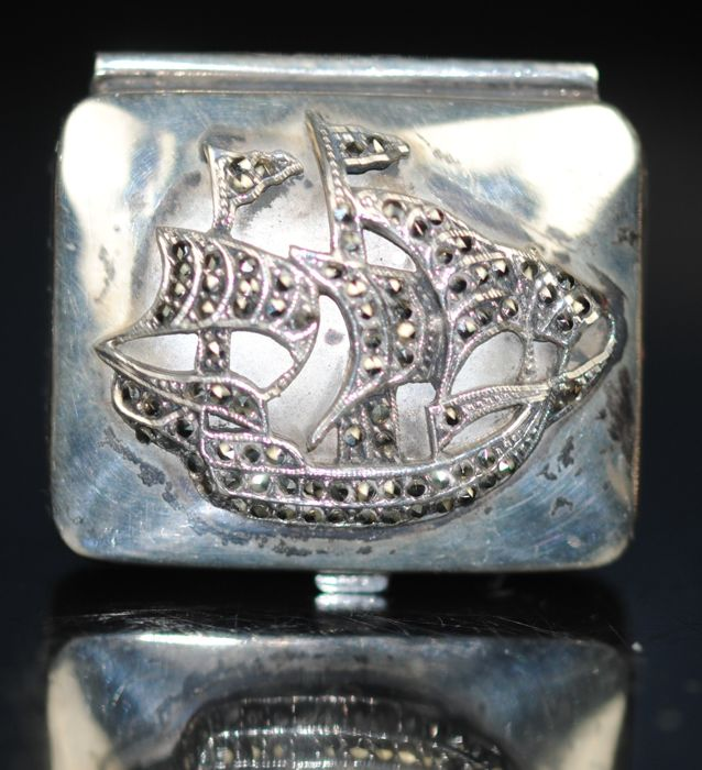 Marcasites Galleon pillendoos - .925 zilver