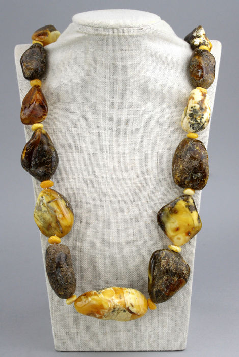 Amber - Necklace