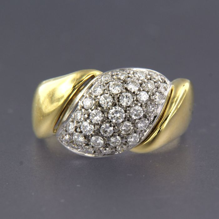 18 kt. White gold, Yellow gold - Ring - 0.90 ct Diamond
