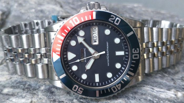 Seiko -  SKX033 SUBMARINER Automatic day /date  PEPSI  - SKX 033 / 7S26-0040 n° 758917 - 1997 - Men - 1990-1999