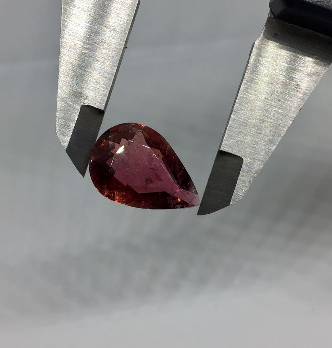 1 pcs Red Tourmaline - 8.99 ct
