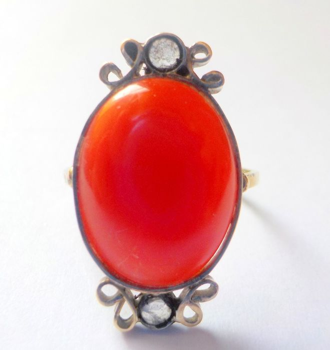 18 kt Gold and 800. Silver - Ring Red Coral - Diamonds