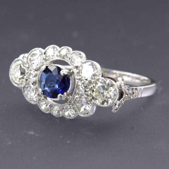 950 pt Platina - Ring - 0.64 ct Saffier - Diamant